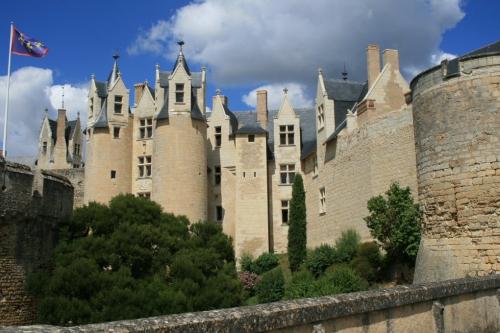 chateau-de-montreuil-bellay_c.JPG